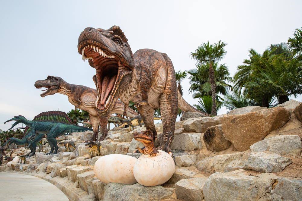 Can Dinosaurs Be Resurrected from Extinction?