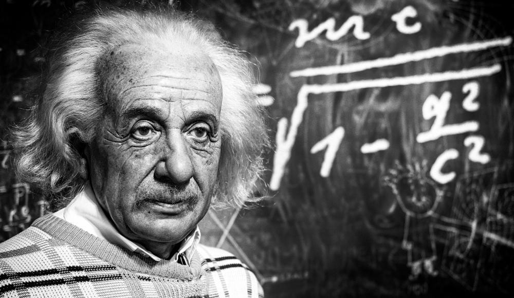 Einstein Did Not Predict Determinism