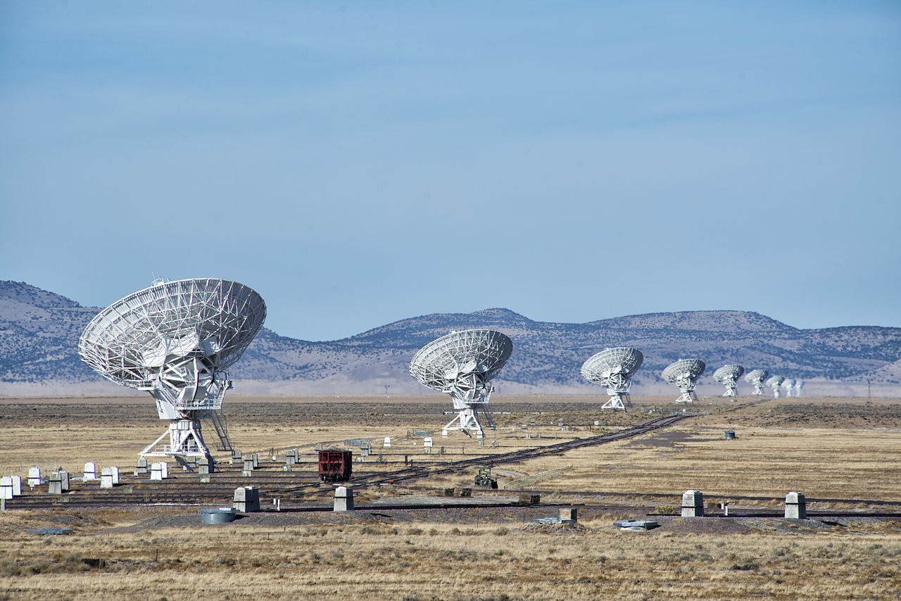 Fast Radio Bursts: ET Is Not Calling Home