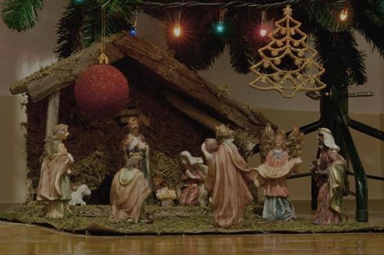Advent Review: 'Tis the Season