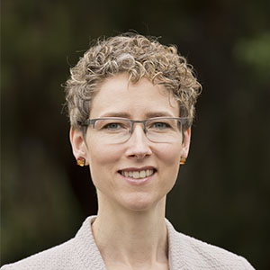Erica Carlson
